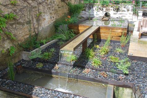 comment creer une fontaine de jardin nos jardins terrasses et bassins
