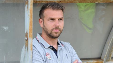 """Department of statistics and mathematics for economic research. FCS-Trainer Zanetti bleibt: """"Ein Neuanfang"""" - Serie C 