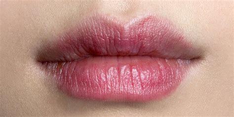 Maquillage Permanent Des Lèvres  La Technique De La