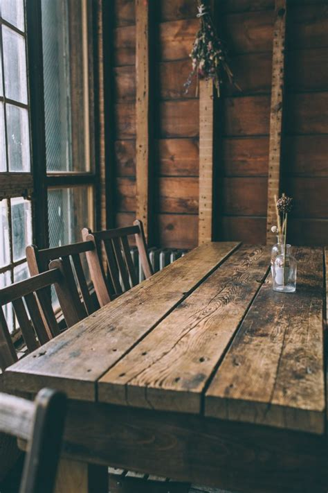 table cuisine bois brut la cuisine en bois massif en beaucoup de photos