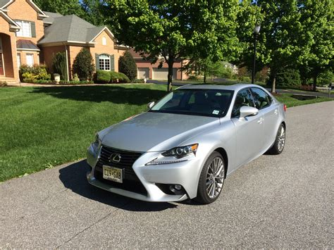 lexus is300 the lexus is300 awd a good middle ground between power