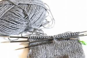 Socken Stricken Mit Gemacht Mit Liebe Und Schnen Mustern