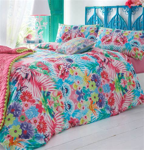 Bed Linen 10 Beautiful Bedspreads For Any Bedroom
