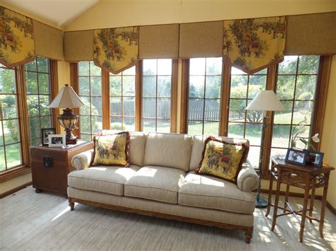 sofas for sunrooms sunroom sofas style archive awash in white sunroom decorating and thesofa