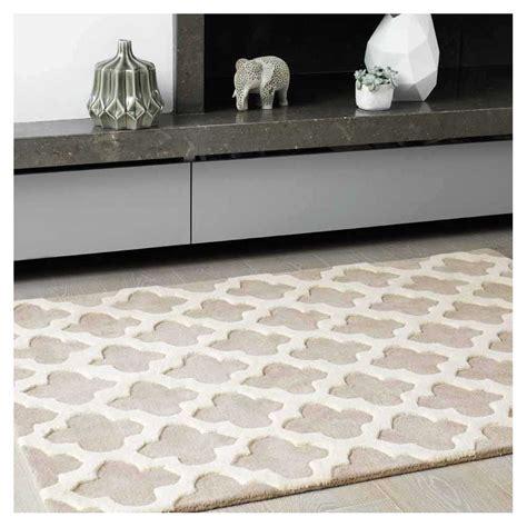 tapis haut de gamme beige et blanc cass 233 artisan sand par
