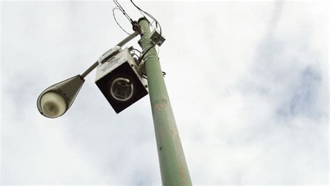 cameras on top of street lights in report aclu claims chicago 39 s surveillance cameras