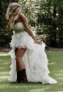 Wedding dresses that go with cowboy boots gown and dress for Wedding dresses that go with cowboy boots
