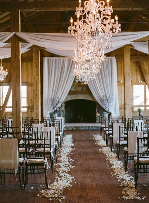 25 Romantic Winter Wedding Aisle Décor Ideas Deer Pearl