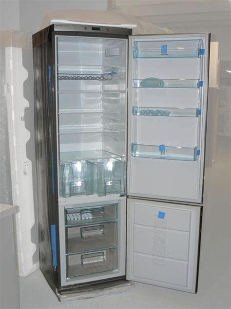 kühlschrank mit gefrierfach 60 cm tief a k 252 hl gefrierkombi standger 228 t 200 cm edelstahl