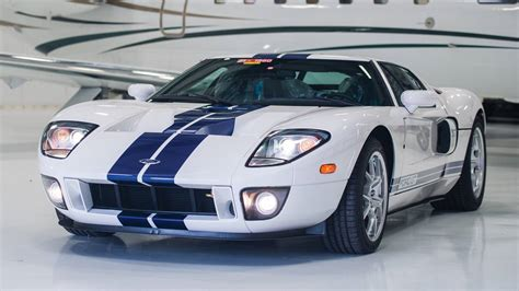 Ford Gt 2006 by 2006 Ford Gt With 10 8 On The Clock Going To Auction