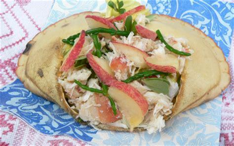 cuisiner salicorne recette salade de crabes salicorne pourpier herbes et