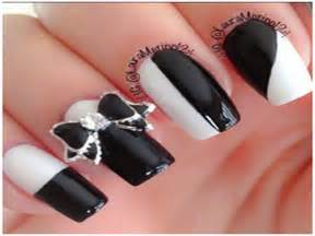 Cool black and white nail art designs ideas