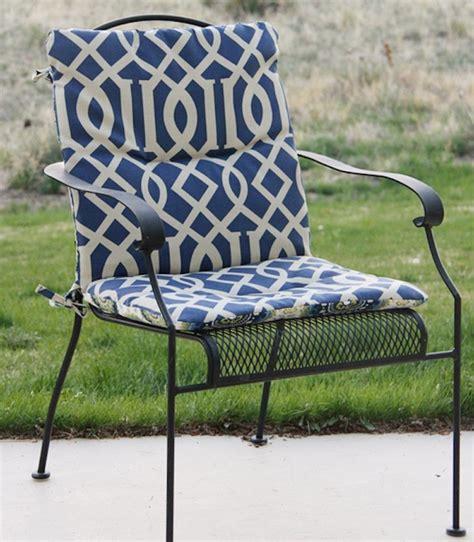 coussins pour chaises 1001 idées et inspirations de motifs pour coussin de chaise