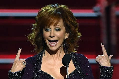 reba mcentire kennedy honors reba mcentire to receive the kennedy center honors