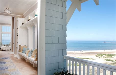 Coastal Design Beach House On Lake Michigan