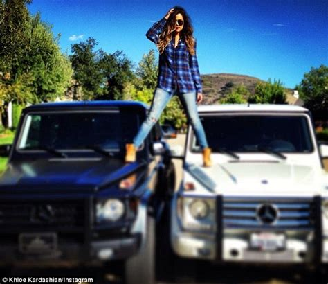 Khloe Kardashian posts carefree selfie as it's claimed ...