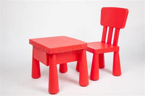 chaise de table pour b b chaise et table pour des enfants dans la salle