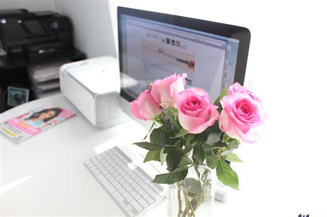 diy home desk flowers a pair a spare