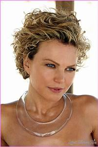Short Hair Cuts For Women Curly