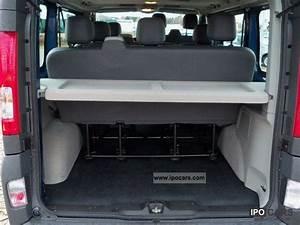 2011 Renault Trafic 2 0 Dci 115 Combi 9 Seater Air  R    Cd
