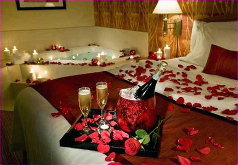 Romantic Ideas For Her In The Bedroom