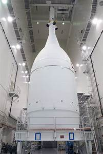 NASA's Orion to Roll out to Launch Pad for First Flight ...