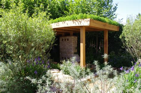 open sided flat roof gazebo with green roof pergolas pinterest green roofs flats and green