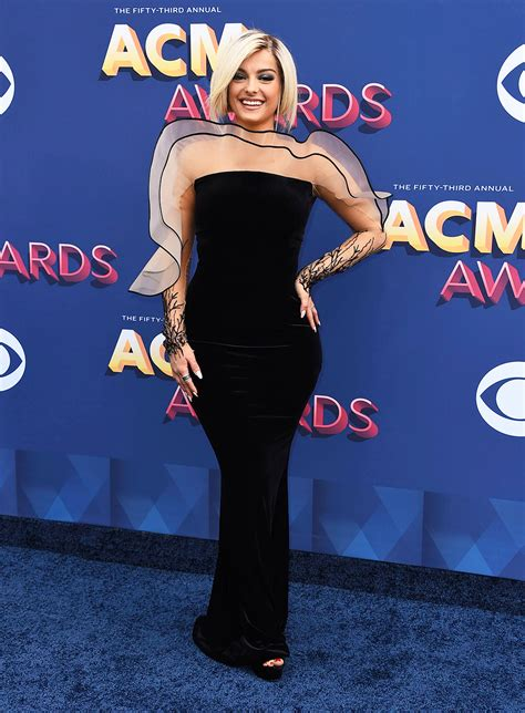 2018 Academy Of Country Music Awards Red Carpet Photos