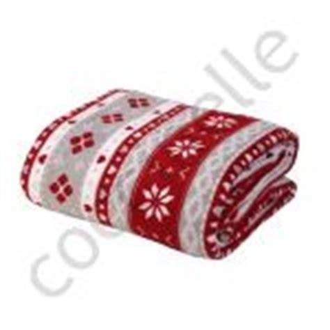 plaid chausson veste d interieur cadeau pour se sentir au chaud la maison de lilo