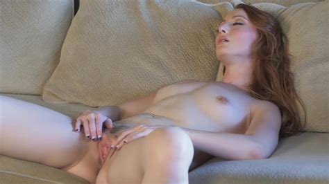 Crystal Clark Shows Off Her Perfect Body And Work On Her