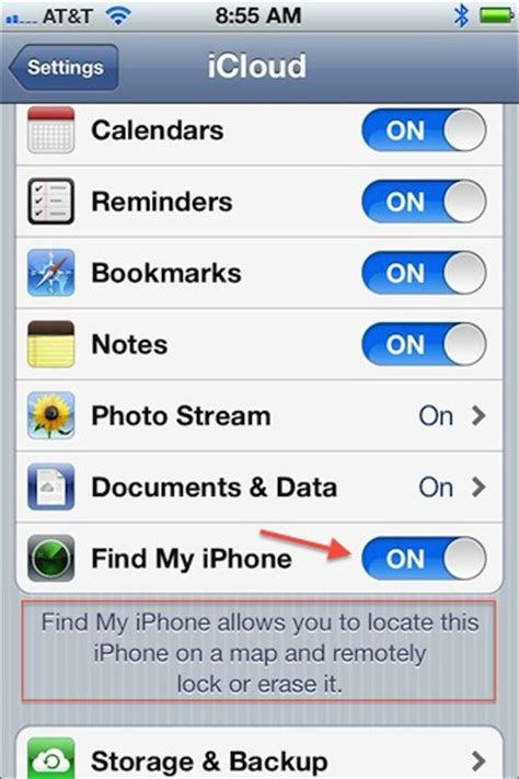 find my iphone website what is the difference between the find my iphone app and