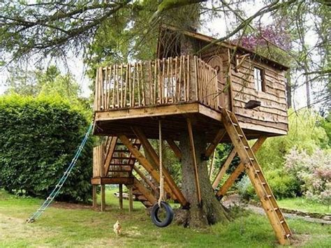 tree houses here s a tree house with a rope lad