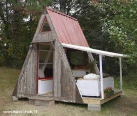 small a frame cabin plans tiny house plans a frame vacation cabin gardenfork tv diy living