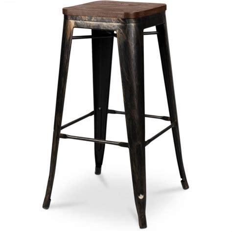 canapé angle chesterfield tabouret de bar bronze assise bois coin du design