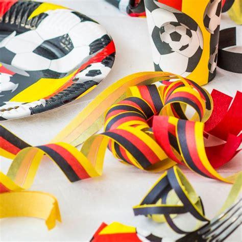 Finde heraus was auf dazn deutschland läuft. DEUTSCHLAND DEKO schwarz rot gold Party Fussball EM WM ...