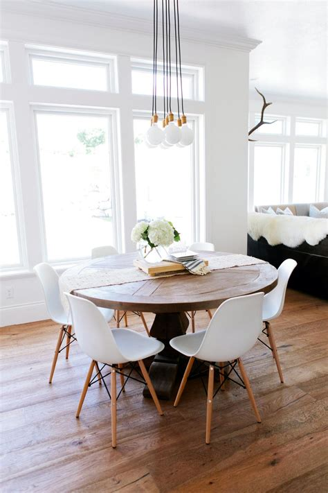 eat  kitchen  rustic  table midcentury chairs