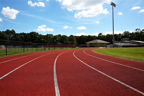 School leaders grapple with track-paving choices - News ...