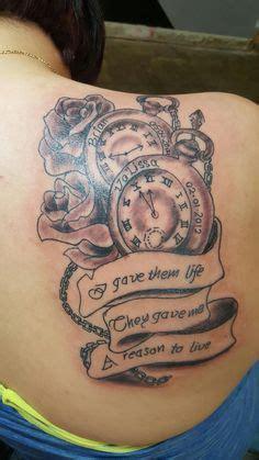 kreatives tattoo mit namen tattoos tattoo namen