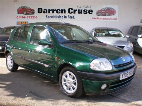 renault green used renault clio 2001 petrol 1 6 16v initiale 5dr