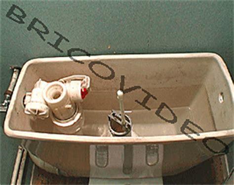filet d eau qui coule dansles wc probl 200 me fuite 233 conomiseurs toilettes bricolage vid 233 os