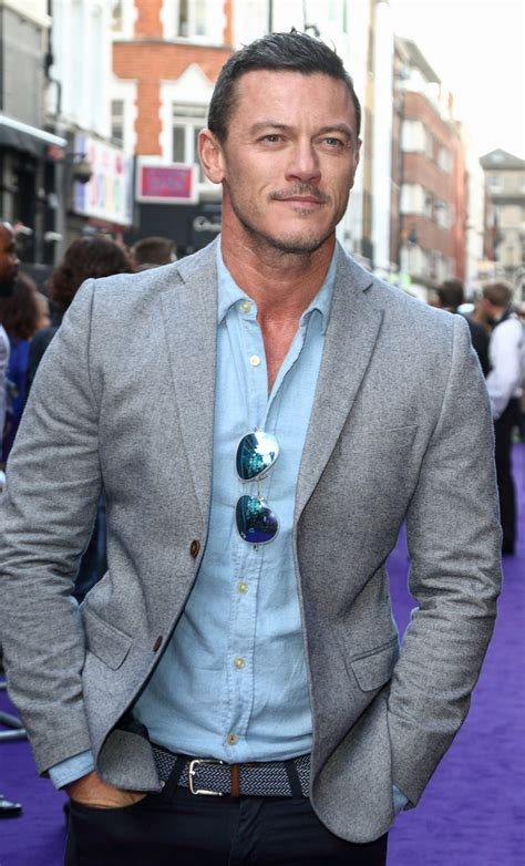 Luke Evans At The Disneys Aladdin Uk Premiere Tom