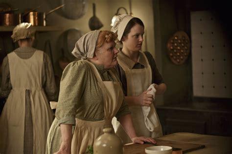 downton abbey series  meet  cast photo