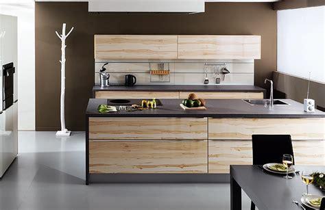 cuisines tendance modele cuisine avec ilot cuisine ouverte avec lot central