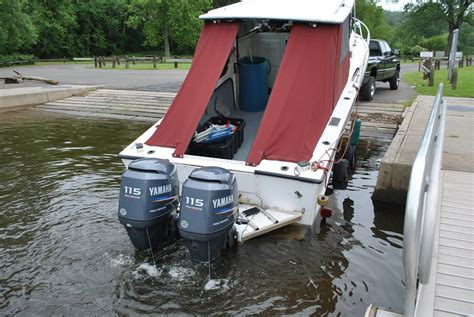 Outboard Motor Boat Ladder by Swim Platform On Outboard How The Hull