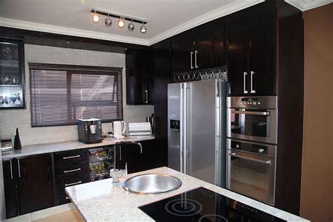 Cupboard Designs For Kitchen by Kitchen Units Pretoria Designing Exquisite Kitchens For