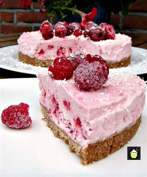 Over 1593 raspberry cheesecake recipes from recipeland. Raspberry and White Chocolate Cheesecake - A refreshing No Bake Cheesecake with a gentle hint of ...