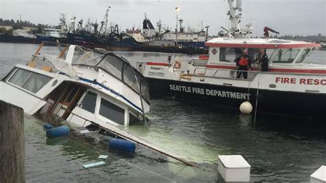 Boat Car Sink by 60 Foot Boat Sinks At Fishermen S Terminal Komo