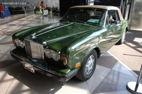 bentley corniche information   momentcar