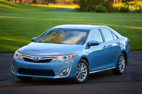 2014 Toyota Camry Gas Mileage by 2014 Toyota Camry Hybrid New Car Review Autotrader