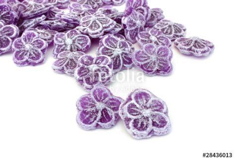 quot bonbons 224 la violette quot photo libre de droits sur la